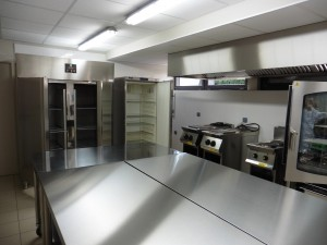 salle polyvalente_cuisine (3)